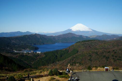大観山 TOYO TIRES ビューラウンジからの眺め (2)